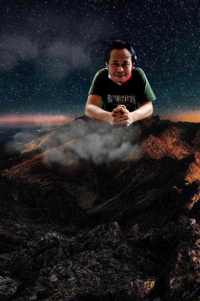Manipulasi #gunung #manipulasi #awan #bintang #malam