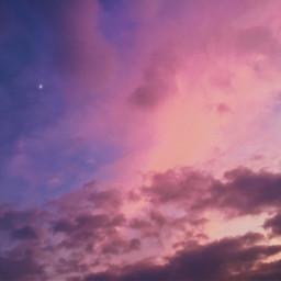 moon cloud clouds sky skylovers sunset cloudysky luna nuvole tramontobellissimo tramonto sunsetphotography sunsetsky pctheskyabove theskyabove