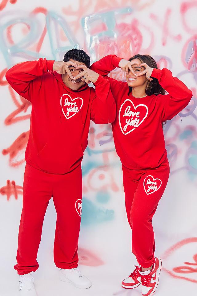 💟 #freetoedit #addisonrae #valentines #valentinesday #love #red #redaesthetic #graffiti #happy #tiktok #remixit #father #heypicsart #picsart #Photography #daddy