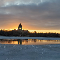 saskatchewan canada reginasask regina legislativebuilding parlament sunset wascanapark
