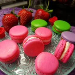 strawberries macaroons fruits baking red pink pcfavoritefruitsandveggies favoritefruitsandveggies
