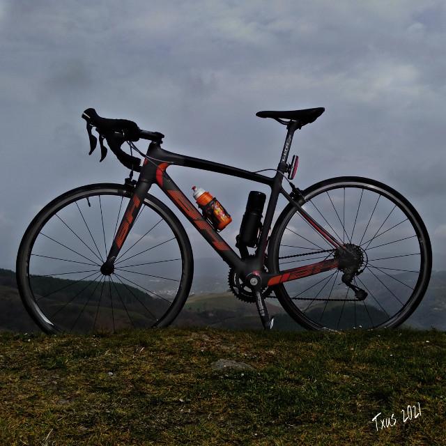 #historiasdes_veladas_de_mi_dia_a_dia #bhbikes #bh #bike #cycling