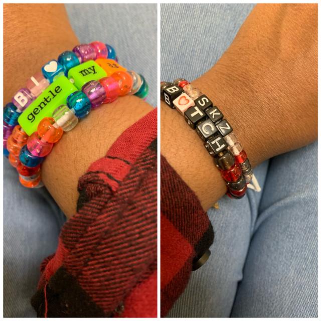 i made these bracelets and i actually like how they turned out so i might start making them mote often😊 #hi #imsupposetobeinspanishclassrn