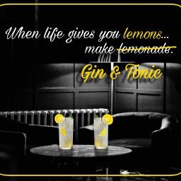 lemons whenlifegivesyoulemons gin&tonic ginandtonic gin alcohol cocktails cocktailbar bar drink party freetoedit unsplash ecdeliciousbackgrounds deliciousbackgrounds