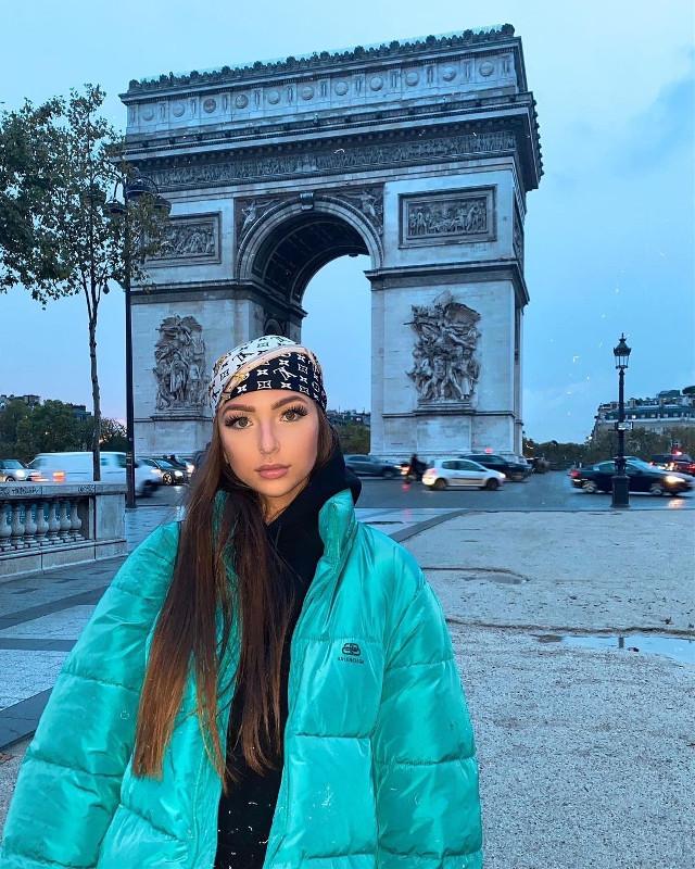 #evagarnier #queen #paris #arcdetriomphe #brautiful #like