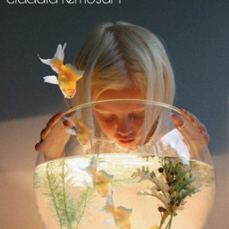 desafio challenge movimentese goldfish menina girl luz light observando freetoedit rcmultiplyyourself multiplyyourself