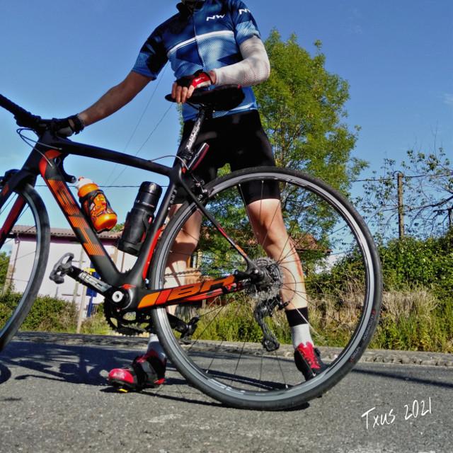 #historiasdes_veladas_de_mi_dia_a_dia #cyclingphotos