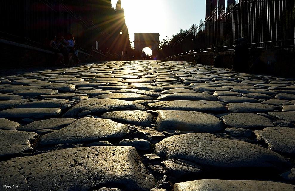 Stones in Roma 🤩🧙♂️💖🌈🌼🥰 #myphoto #pcstonemade #stonemade #italia #history #monument #sunset #roma
