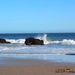 malibu aesthetic california bluesky beach ocean rock wave whitewater beautiful summer sand water sky sunny sunnyday aestheticbeach ilovemalibu beachaesthetic blue white