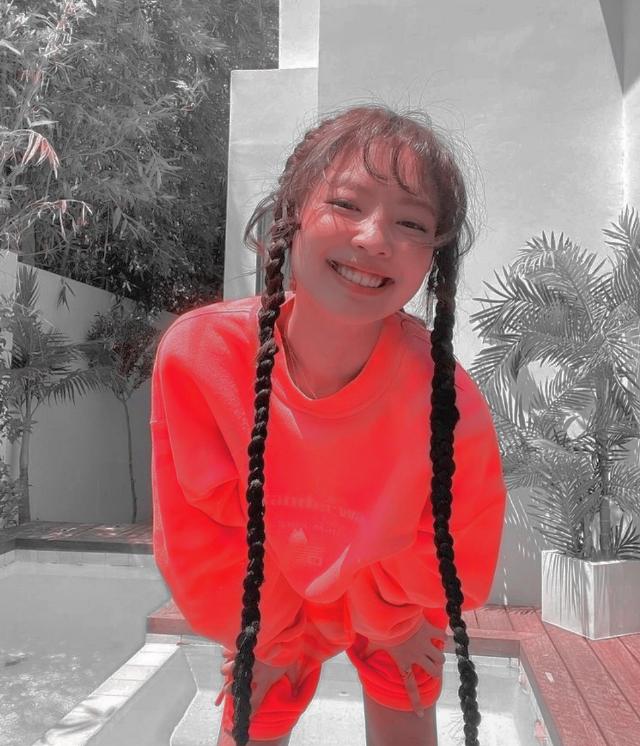 #jennie#kimjennie#jennierubyjane#jenniekim#aesthetic#goodays#cool#pyp#replay#blackpink#lisa#rosé#jisoo
