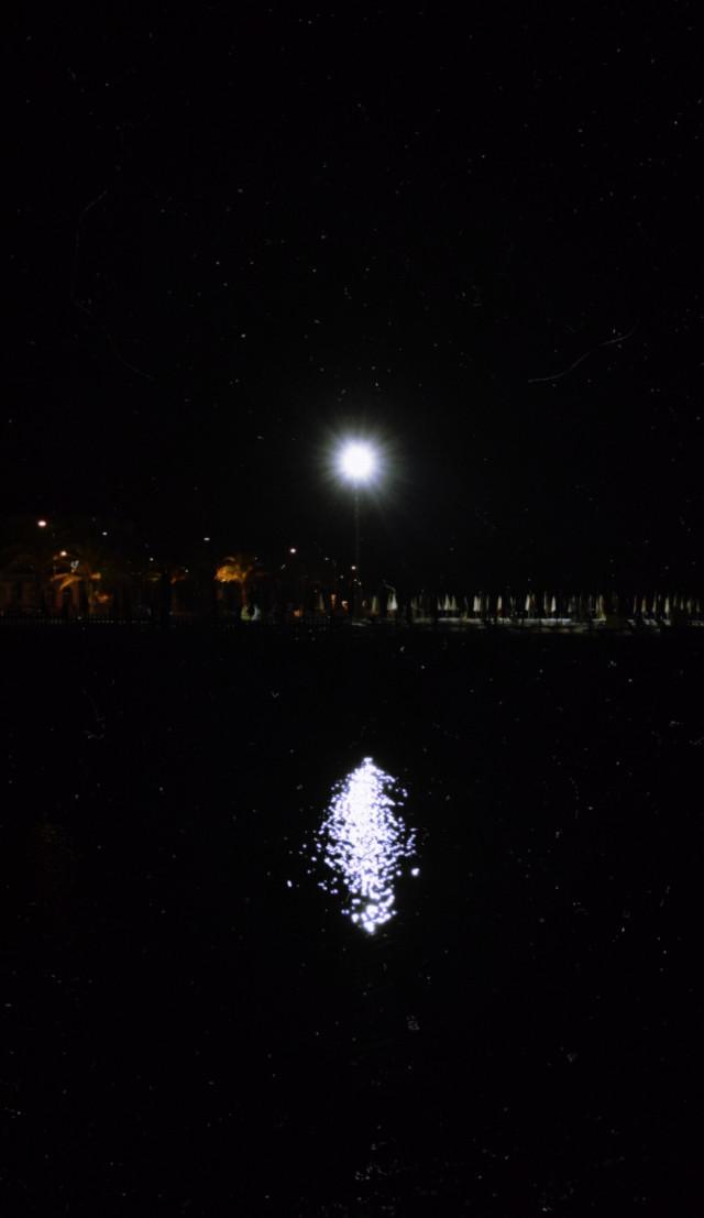 Ma nebuloso e tremulo dal pianto che mi sorgea sul ciglio, alle mie luci il tuo volto apparia, che travagliosa era mia vita: ed è, né cangia stile, o mia diletta luna. ~ Alla Luna - Giacomo Leopardi #moon #moonlight #night #seaatnight #liguria #ligury #sea #nightsky
