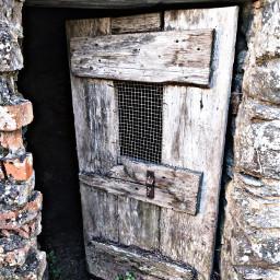 casadellanonna vecchiecose pollaio pollaiovintage vecchio portone vecchioportone local